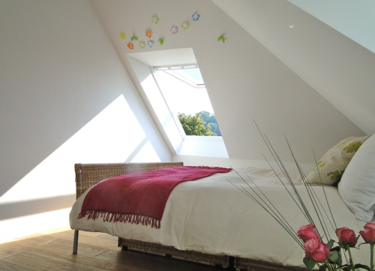30 Small Bedroom Interior Designs Created to Enlargen Your Space (25)