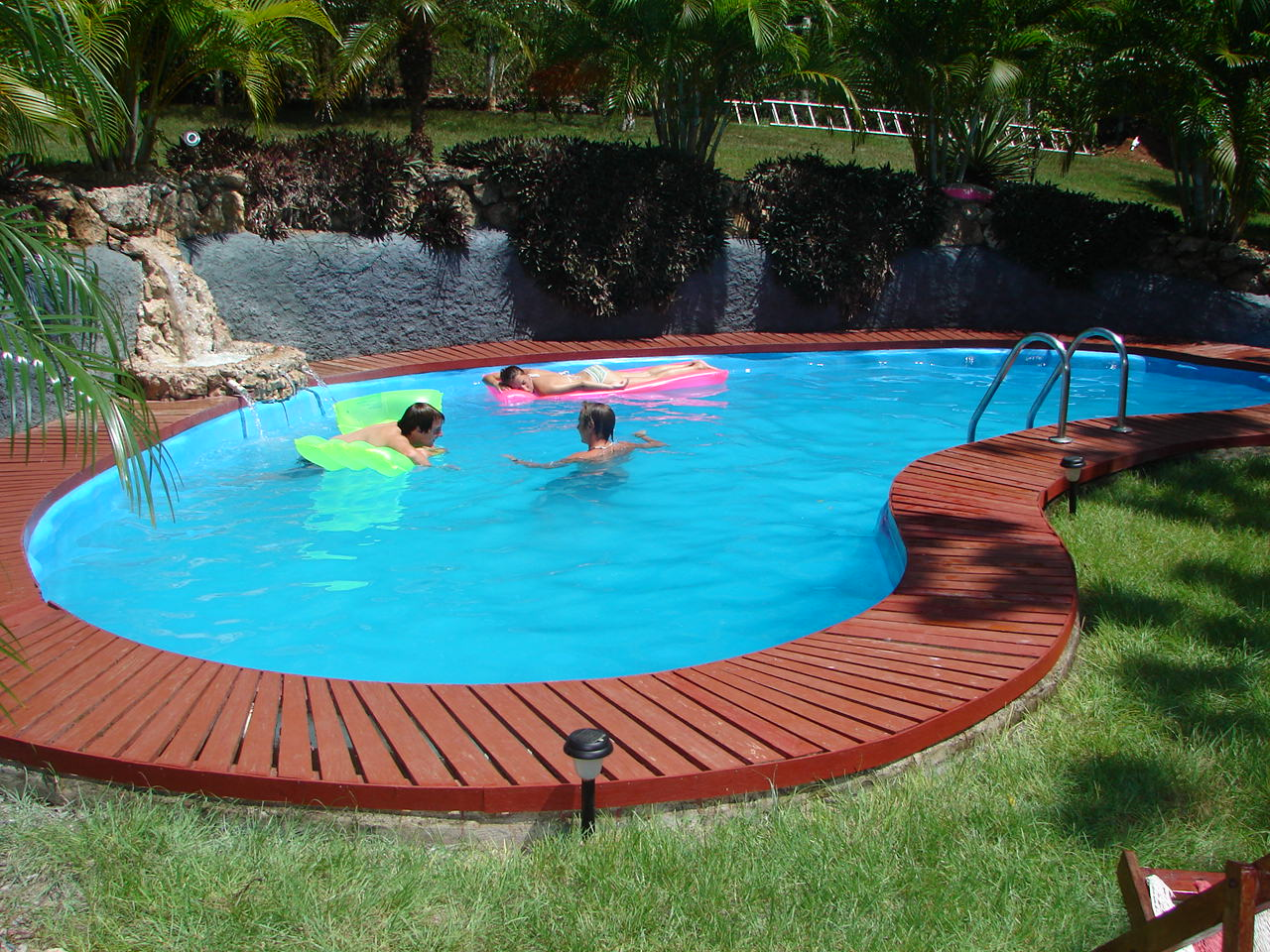 Backyard landscaping ideas swimming pool design for Buy swimming pool