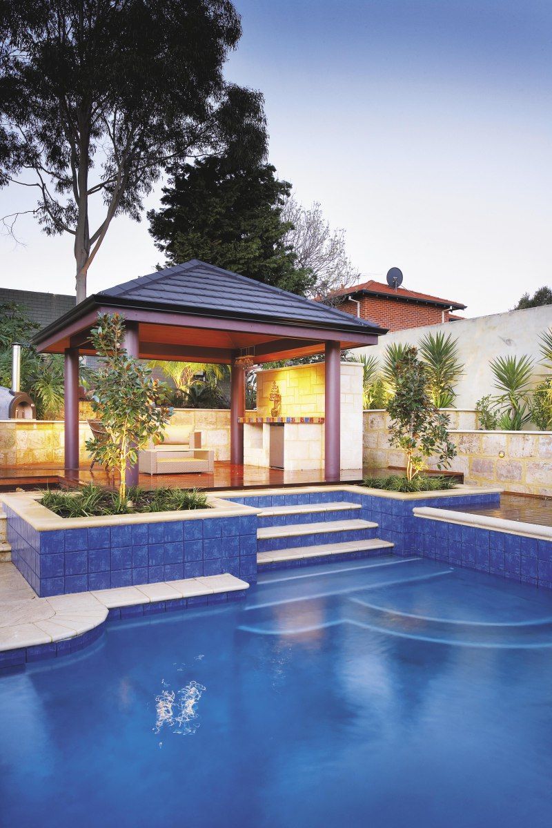 Backyard Landscaping Ideas-Swimming Pool Design ... on Backyard Inground Pool Landscaping Ideas id=47627