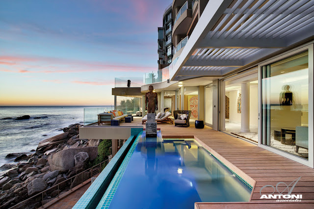 Clifton View Mansion By Antoni Associates Overlooking Cape Town – South Africa: Contemporary Display of Luxurious Interior Design infinity pool