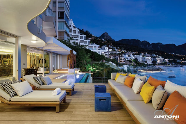 Clifton View Mansion By Antoni Associates Overlooking Cape Town – South Africa: Contemporary Display of Luxurious Interior Design view deck colorful accents