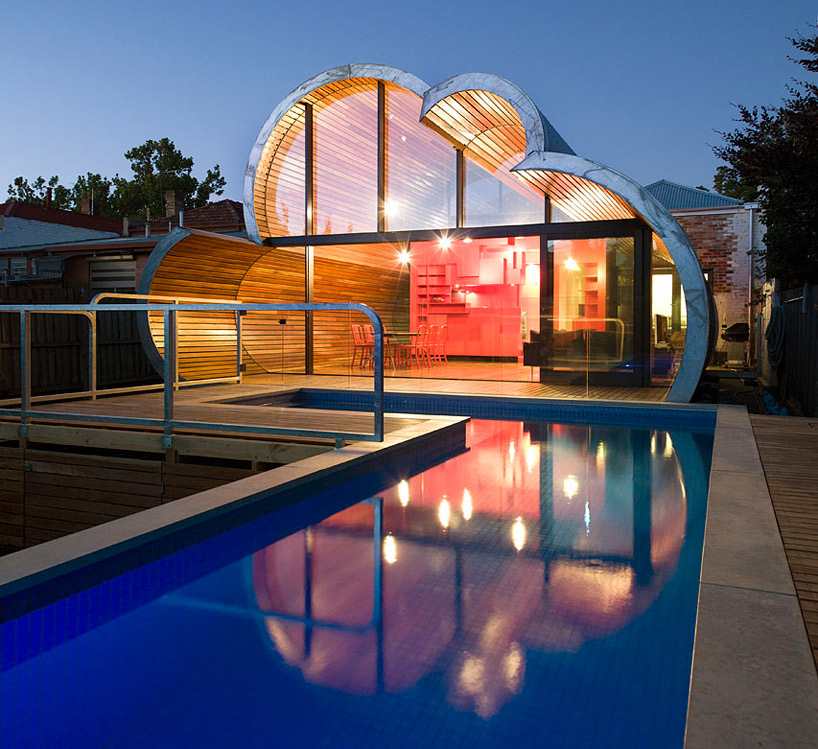 Cloud House in Melbourne by McBride Charles Ryan Homesthetics night view