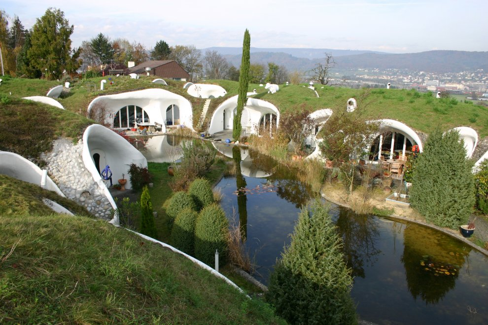 Earth House Estate Lättenstrasse in Dietikon, Switzerland by Vetsch Architektur Homesthetics natural landscape