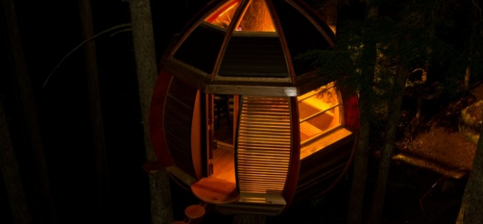Experimental Living In The Forests of Canda-The HemLoft by Joel Allen alternative from modern mansions (1) at night detail shot
