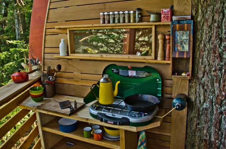 toolbox and desk in Experimental Living In The Forests of Canda-The HemLoft by Joel Allen alternative from modern mansions (1)