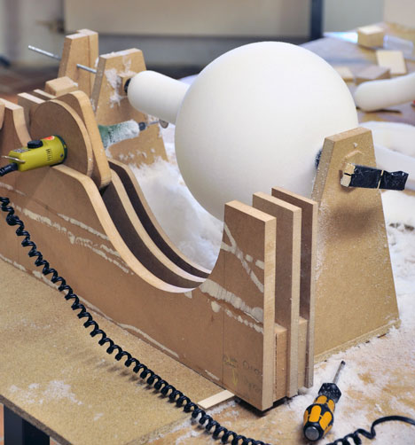 the making of Foam Squishy Soft Light designed by Simon Frambach-Homesthetics (1)