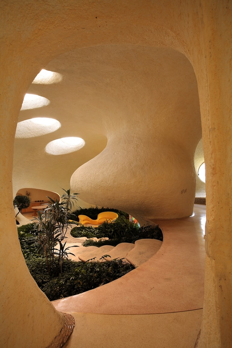amazing earth interior  Higly Organic Fluid and Colorful Mansion in Mexic-Nautilus by Javier Senosiain