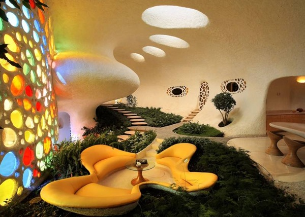 small sitting area  Higly Organic Fluid and Colorful Mansion in Mexic-Nautilus by Javier Senosiain