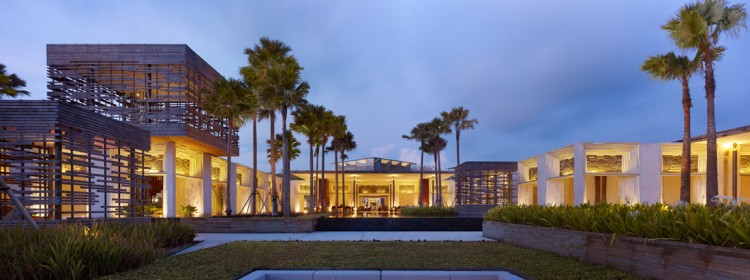 Luxurious Interior Design Hosted in Heaven- Alila Villas Uluwatu luxuriuous decadent front view at night shimmering lights