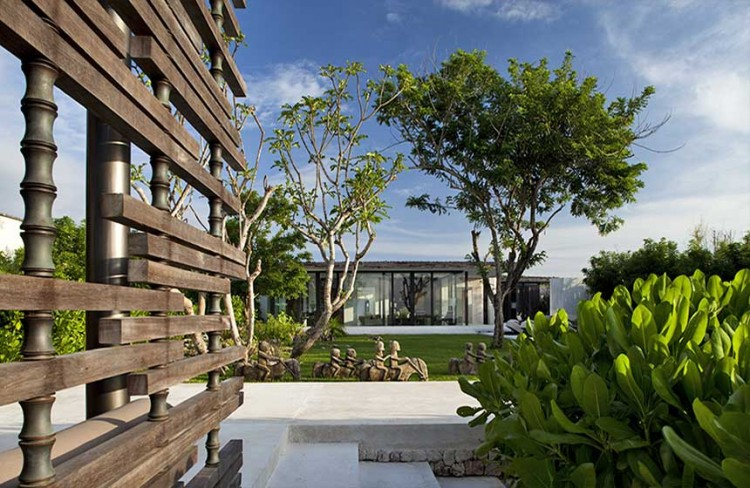 Luxurious Interior Design Hosted in Heaven- Alila Villas Uluwatu by WOHA Architects private villa front view garden beauty