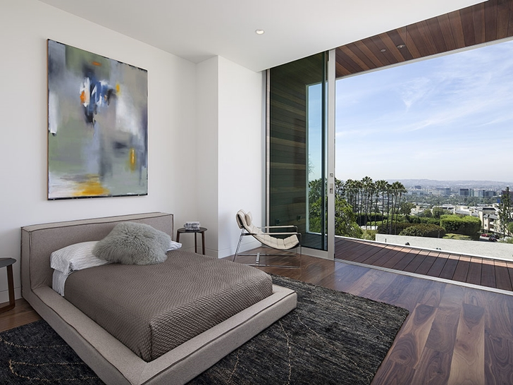 The Expression of a Modern Mansion by Hagy Belzberg Homesthetics contemporary bedroom