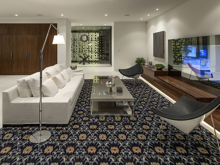 The Expression of a Modern Mansion by Hagy Belzberg Homesthetics contemporary living room