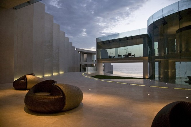 The razor residence by wallace e cunningham display of - Superbe residence rasoir wallace e cunningham ...