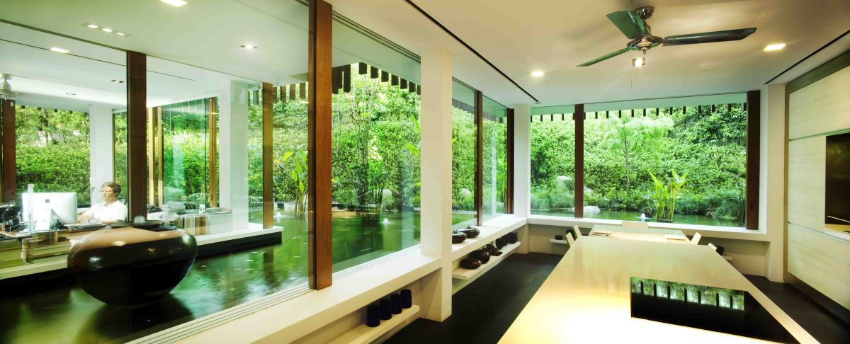 The Sun House by Guz Architects: A Hevean of Green in Singapore Displayed in a Modern Mansion water inside element feng shi calm peace contemporay design