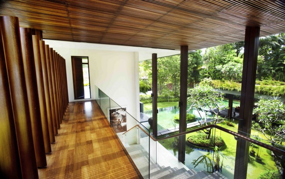 The Sun House by Guz Architects: A Hevean of Green in Singapore Displayed in a Modern Mansion wooden elemnts inside cozy warm atmosphere