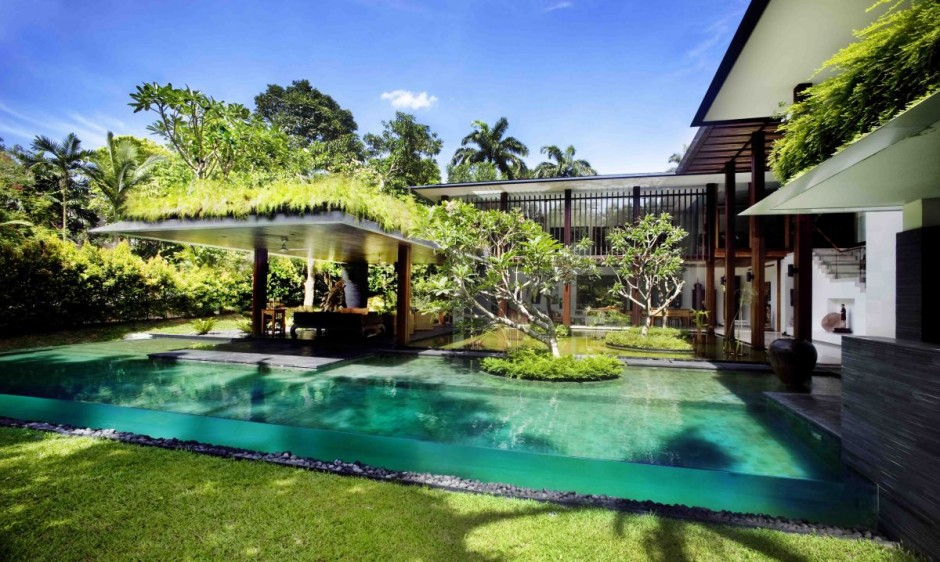 The Sun House by Guz Architects: A Hevean of Green in Singapore Displayed in a Modern Mansion backyard landcsaping ideas pool green everywhere
