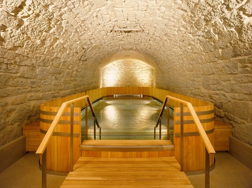 Thermalbad Zürich-Transforming a Brewery Into a Spa thermal bath