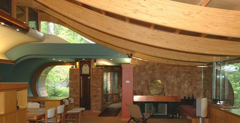 interior view of the Wilkinson Residence in Oregon by Robert Oshatz luxurious modern mansion into the forest (1)