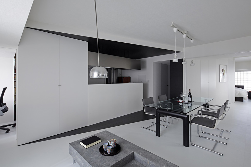 black and white apartment design in tokyo contemporary interior design minimalsit space clean lines edgy contemporary design clena space design  elegant finishes simple furniture