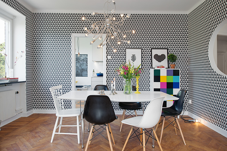 interesting contemporary interior sweedish design featureing scandinavian playful and cheerful assets homesthetics black and white design (1)