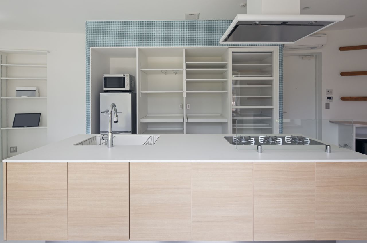 kitechen interior design Fluid Organic & Sustainable Assets Featured In a Japanese Home by Hideo Kumaki Architect Office