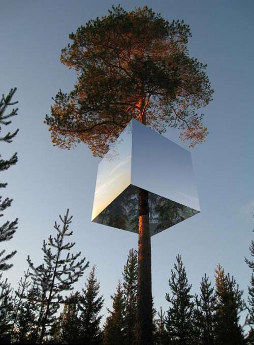 The Mirrorcube Hotel by Tham & Videgård Arkitekter  outside day rendering reflecting surface