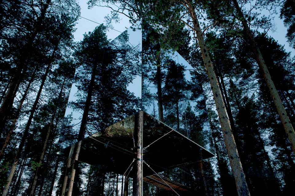 The Mirrorcube Hotel by Tham & Videgård Arkitekter unseen shape invisible