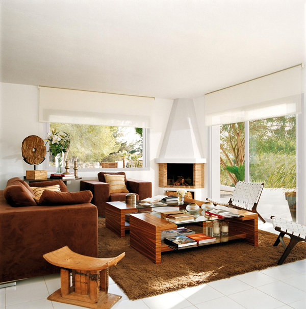 fireplace in an amazing living room interior design modern mansion luxurious-exclusive-residence-blanco-de-ibiza-2homesthetics (1)