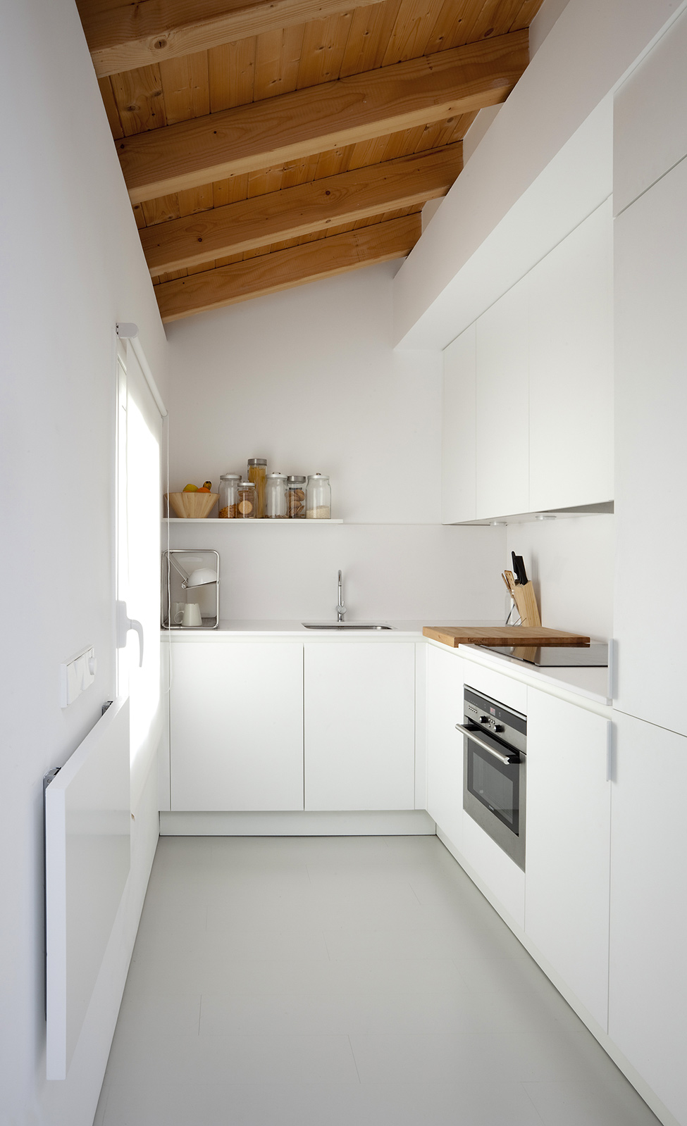 white kitchen small-bedroom-interior-design-cozy-flat-homesthetics-1