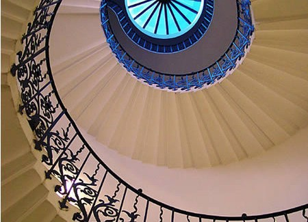 12 One of a Kind Round Staircase Designs For Your Modern Mansion majestic