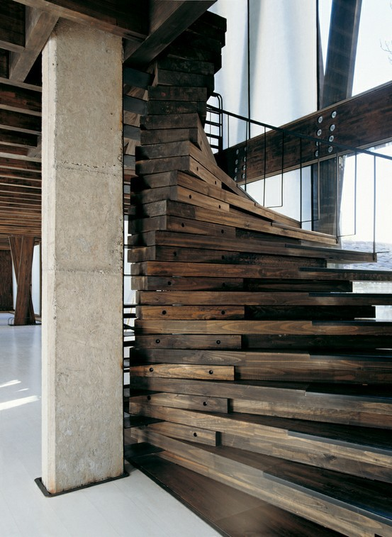12 One of a Kind Round Staircase Designs For Your Modern Mansion wood