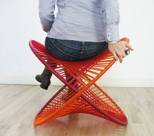 13 Innovative Sitting Places to Relax red organic