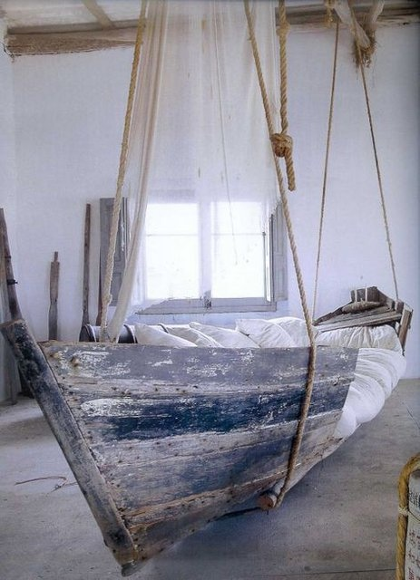 boat bedroom 53 Excellent Unusual Interior Designs Meant to Feed Your Imagination  modern mansion wierd interior designs homesthetics (25)