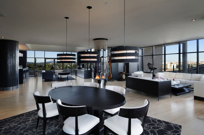 modern penthouse. black and white dinning room Austonishing Penthouse Apartment with  360 degree Views Over Victoria Astonishing Modern