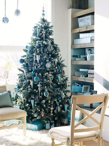 Beautiful Christmas Trees to Cheer Your Holidays simple tree