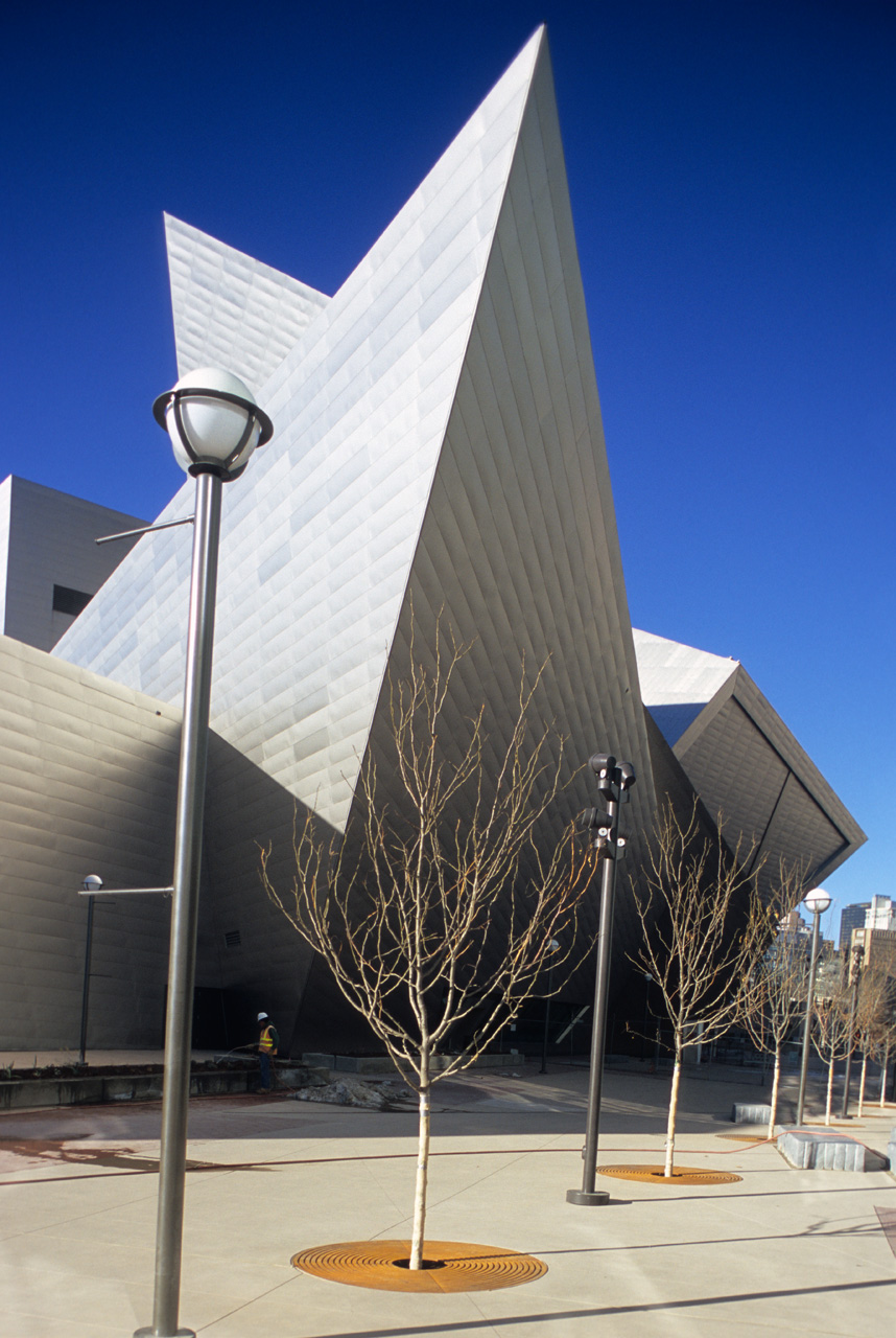 Bold Contemporary Design-The Denver Art Museum by Daniel Libeskind Homesthetics