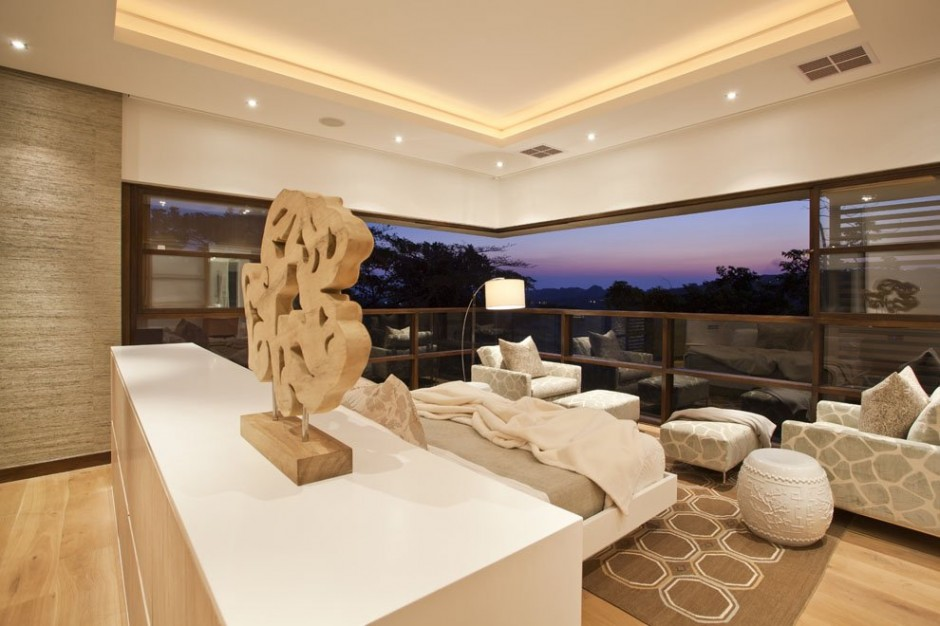 extraordinary living area overlooking the surroundings cliff view mansion