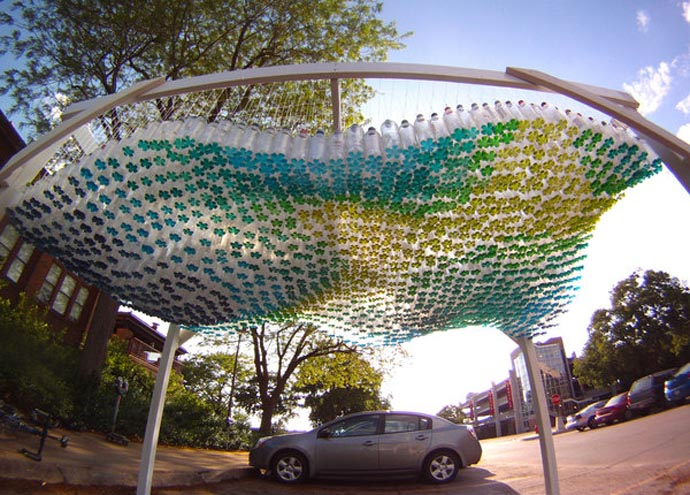 aazing car cover Creative & Inspiring Modern Ideas of How To Recycle Plastic Bottles  homesthtics (25)