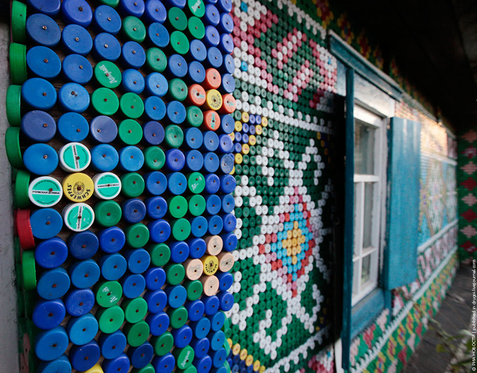 Creative & Inspiring Modern Ideas of How To Recycle Plastic Bottles  homesthtics (1)