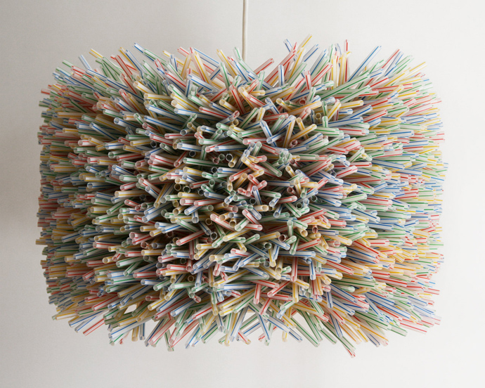 lamp Creative & Inspiring Modern Inspired Ideas of How to Recycle Plastic Straws  homesthetics (1)
