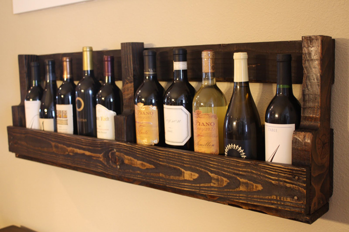 wine support Creative & Inspiring Modern Methods of How to Recycle Wooden Pallets homesthetics (1)
