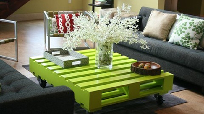 green coffee table Creative & Inspiring Modern Methods of How to Recycle Wooden Pallets homesthetics (1)