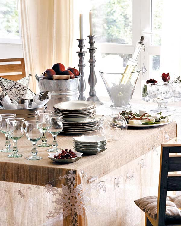 Most Lucrative Dining Room Interior Design Ideas To Beauty: Creative & Inspiring Christmas Dinner Table Settings And
