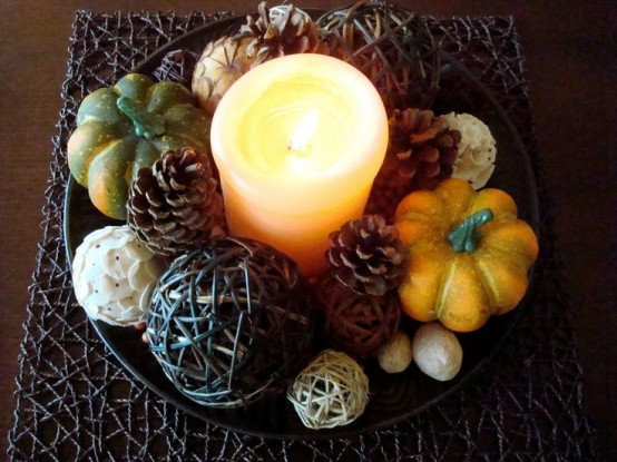 simple candles DIY -Welcome the Fall with Merry Decorations for Your Coffee Table  contemporary interior design ideas homesthetics (42)