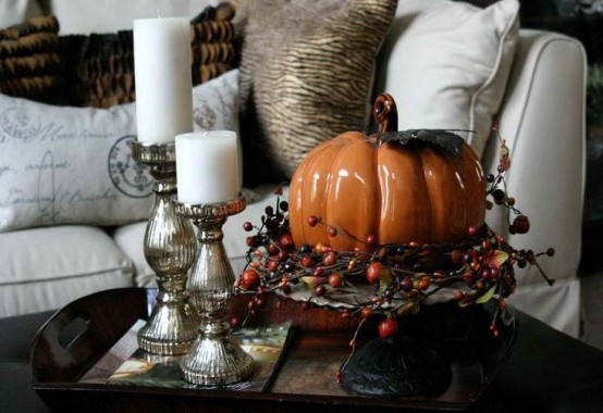 pupmkins and candles arrangement DIY -Welcome the Fall with Merry Decorations for Your Coffee Table  contemporary interior design ideas homesthetics (42)