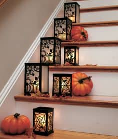 DIY -Welcome the Fall with Simple and Efficient Staircase Décor-homesthetics (11)