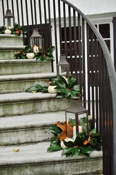 DIY -Welcome the Fall with Simple and Efficient Staircase Décor-homesthetics (4)