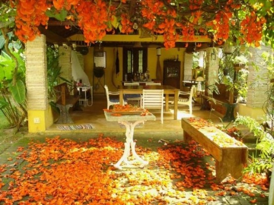 orange DIY -Welcome the Fall with Warm and Cozy Patio Decorating Ideas homesthetics (41)