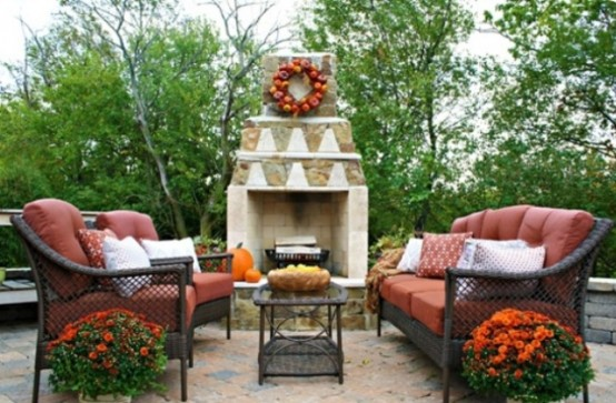 backyard landscaping fireplace DIY -Welcome the Fall with Warm and Cozy Patio Decorating Ideas homesthetics (41)