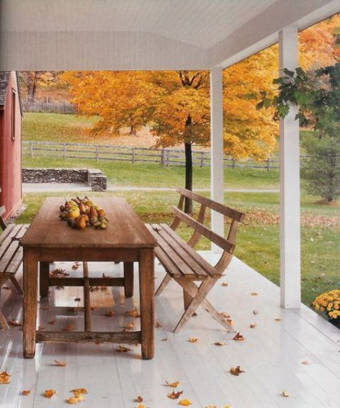 warmth and coziness DIY -Welcome the Fall with Warm and Cozy Patio Decorating Ideas homesthetics (41)